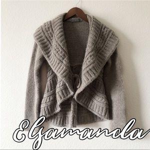 Elsamanda Anthropologie oatmeal cardigan sweater